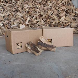 Holz im Karton