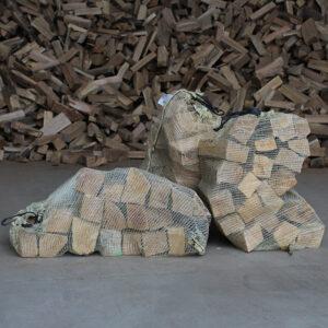 Holz im Sack